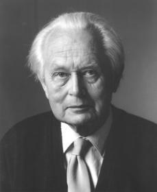 Piet Hein (1905-1996)