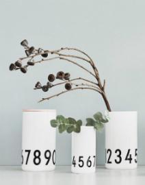 design-letters-aj-bone-china-vase-oder-dose-0-9-hoehe-15-cm