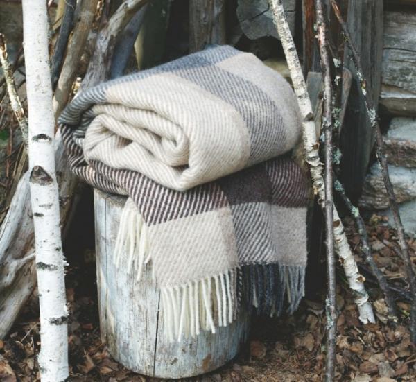 Roros Tweed Myrull Wolldecke 140x220 cm