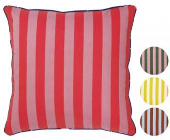 sch ne kissen mit kreativen mustern scandinavian lifestyle magazin. Black Bedroom Furniture Sets. Home Design Ideas
