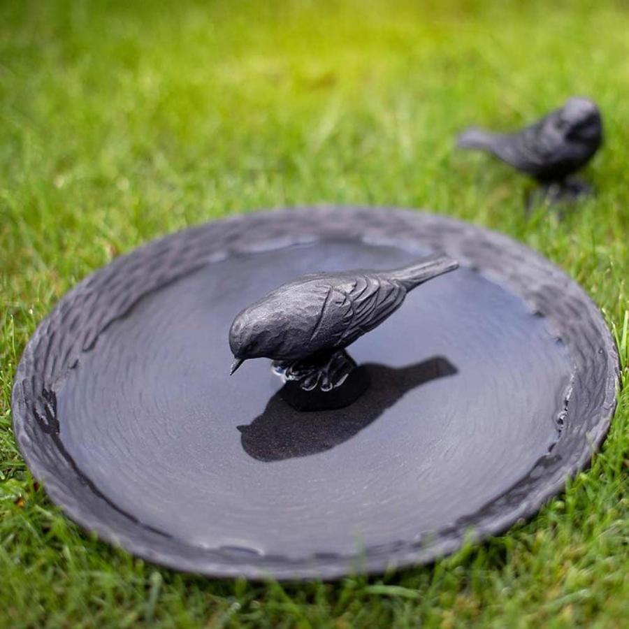 Wildlife-Garden-Gusseisen-Vogelbad-gartendeko-aus-skandinavien