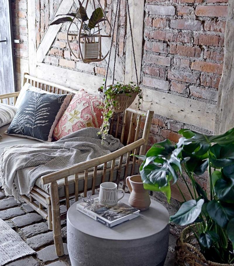 Bloomingville-Blumenuebertopf-Terrakotta-zum-Haengen-skandinavischer-landhausstil-wohnzimmer