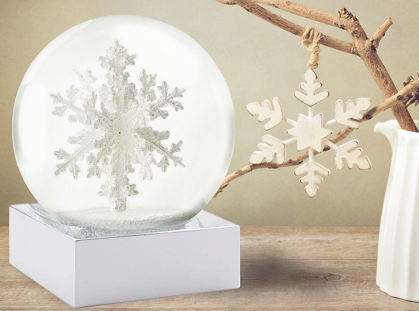 Schneekugel Schneeflocke Höhe 12,6 cm