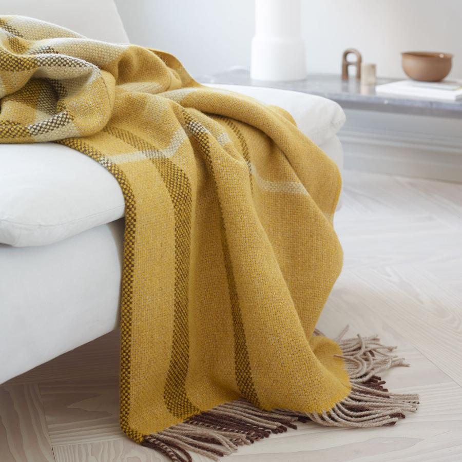 Roros Tweed Filos Wolldecke 145x220 cm gelb