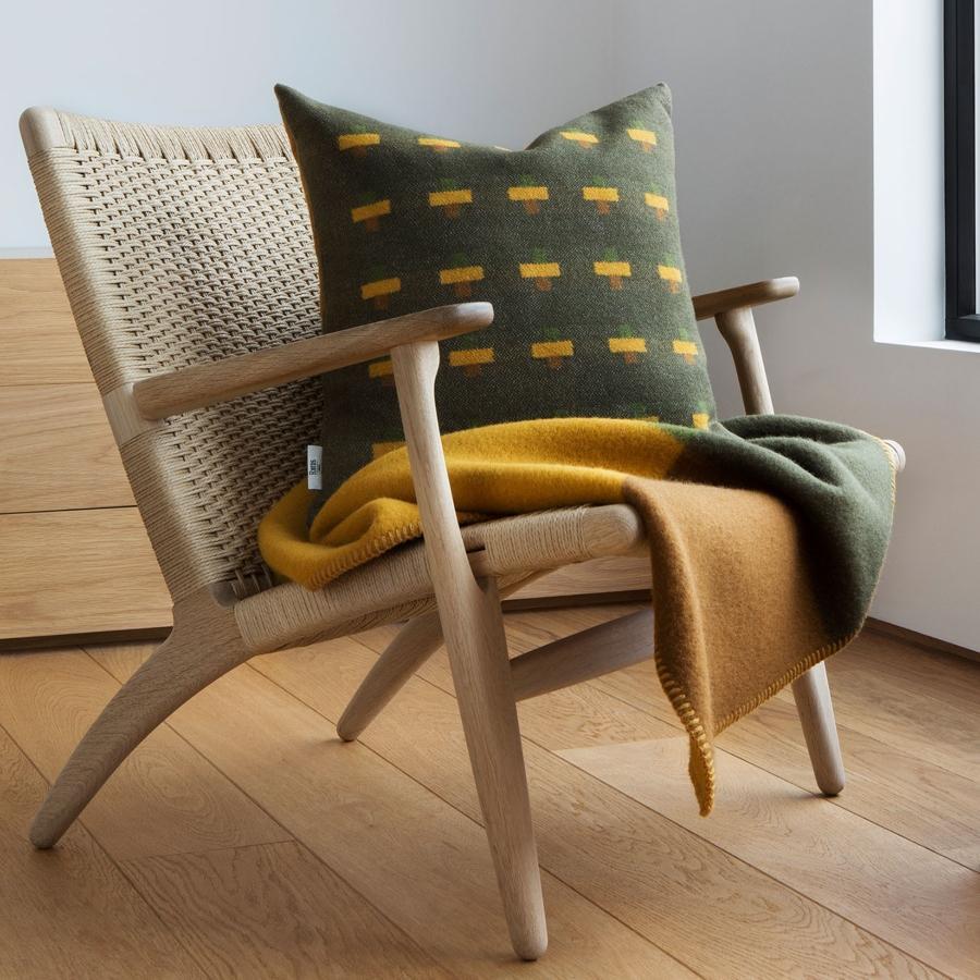 Tweed Syndin Wollkissen 50x50 cm gruen braun