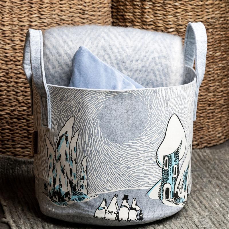 Muurla Mumin schneebedecktes Tal Aufbewahrungskorb aus recyceltem PET Hoehe 31 cm 35 cm