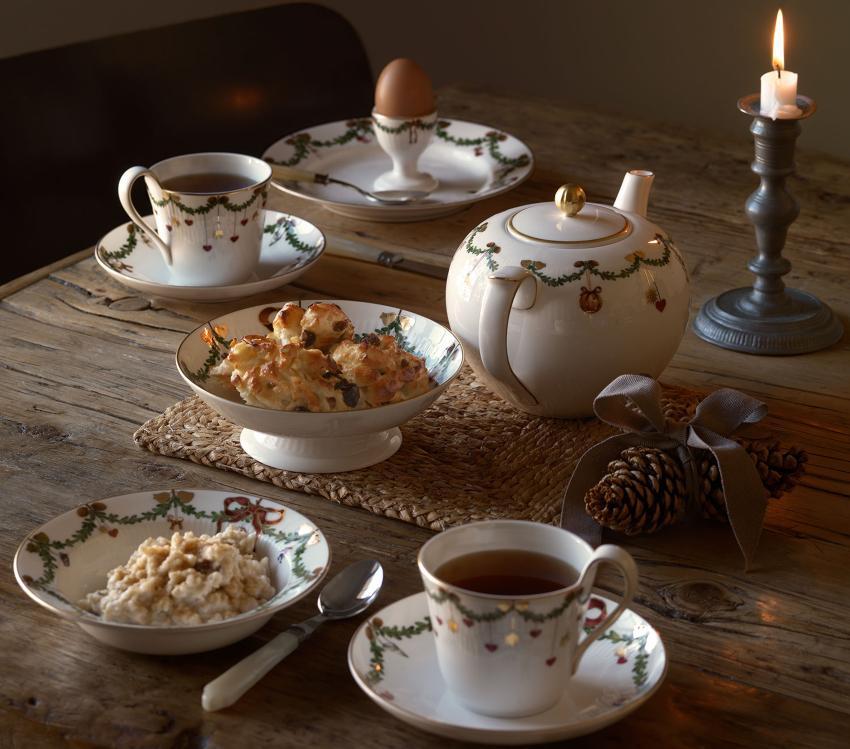 Royal Copenhagen Star fluted Christmas Service - Tee in Dänemark