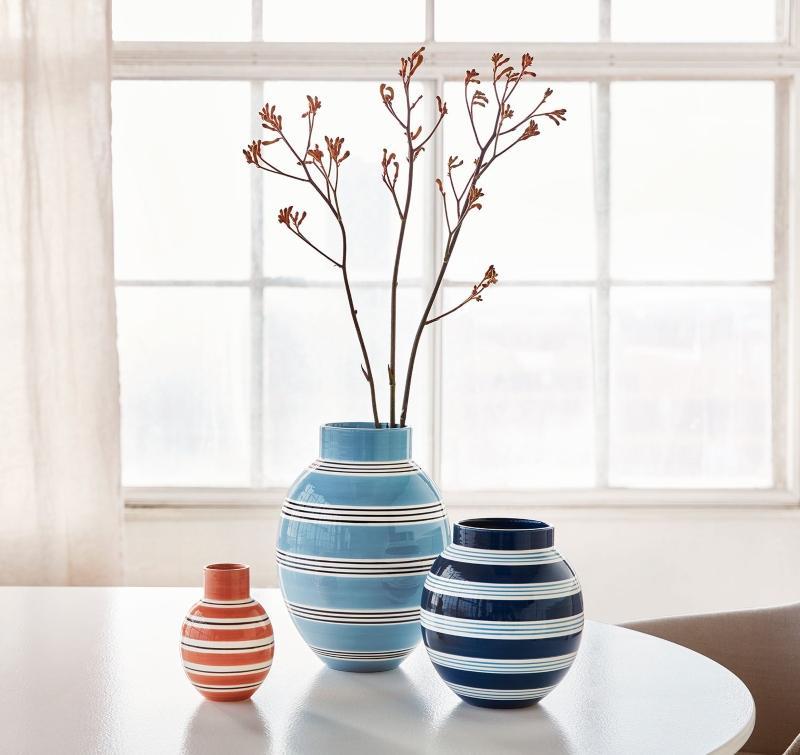 Kaehler Design Omaggio Nuovo Vase Hoehe 20,5 cm dunkelblau