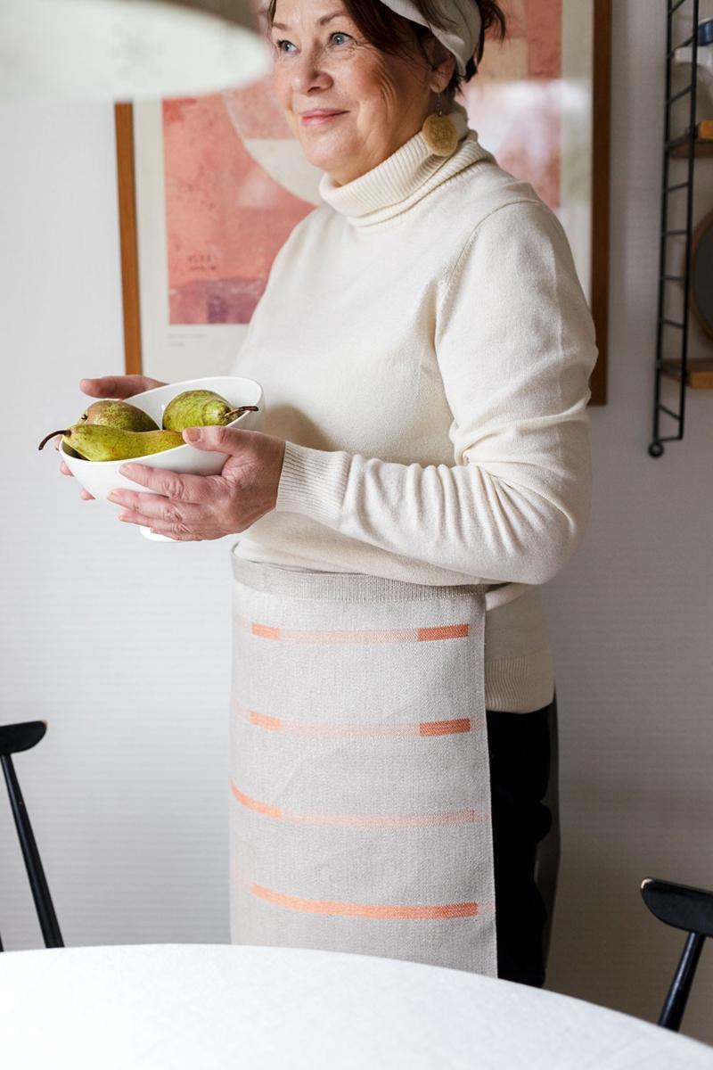 Lapuan Kankurit Linnea Halbschuerze leinen, orange