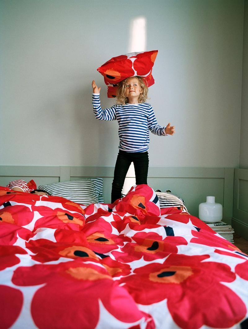 Marimekko Unikko Bettdeckenbezug 135x200 cm rot, weiss sommerliche-scandi-style-farben