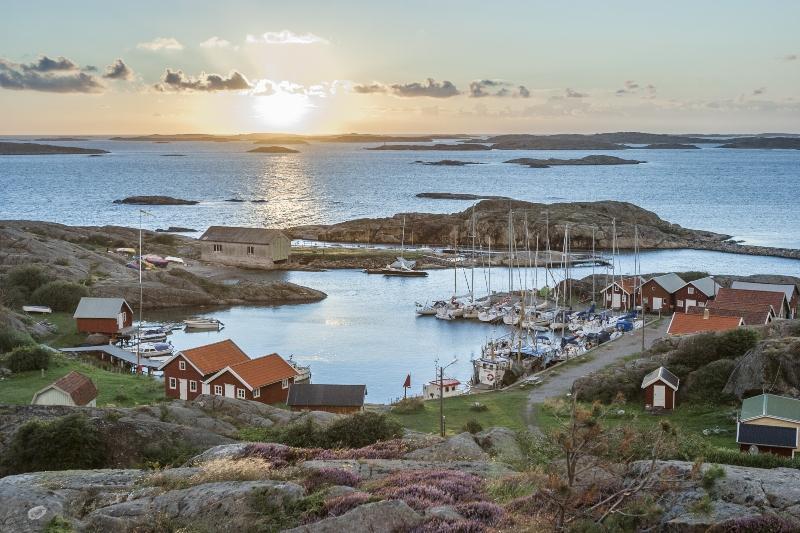 Abendstimmung auf einer schwedischen Schaereninsel Typisch Skandinavisch