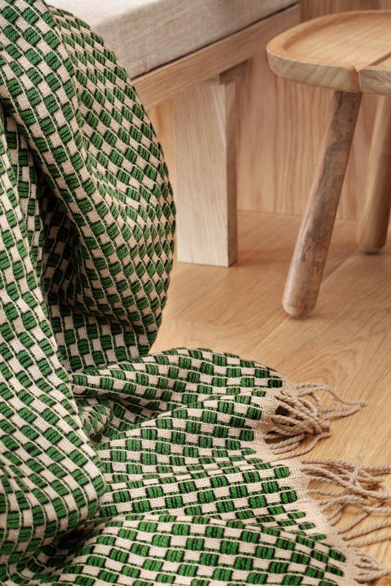 Roeros-Tweed-Isak-Wolldecke-150x210-cm