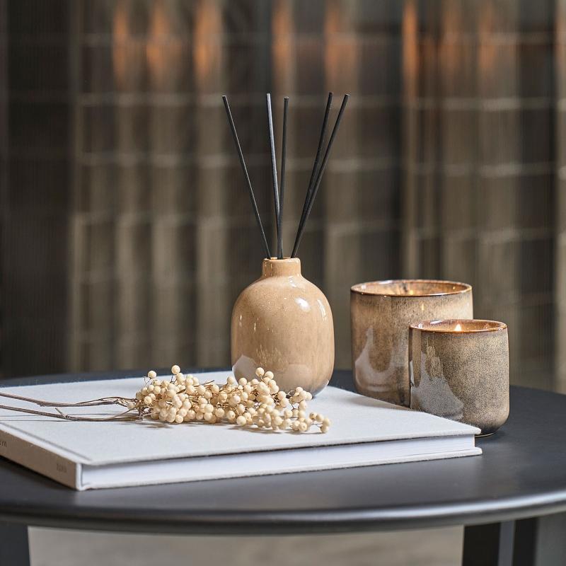 Villa Collection Duftkerze Sojawachs im Keramiktopf Hoehe 10 10,5 cm Leinen Baumwolle