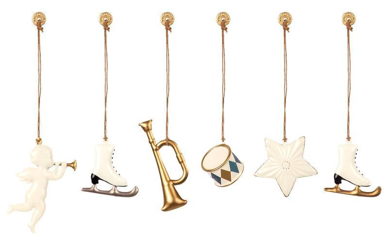 Maileg-Baumschmuck-weiss-gold-6-Stk-Engel-Stern-Trompete-Trommel-2-Schlittschuhe